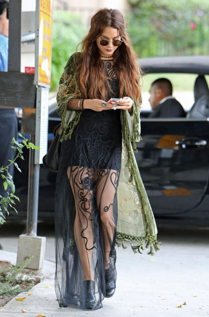vanessa-hudgens-platform-shoes
